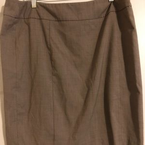 Size 18 New York and company skirt